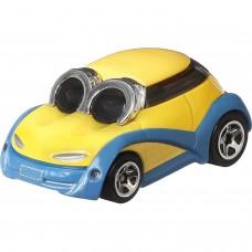 Машинка Hot Wheels Миньоны Боб GMH78